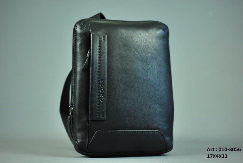 Мужская кожаная сумка BUONO 010-3056 BLACK